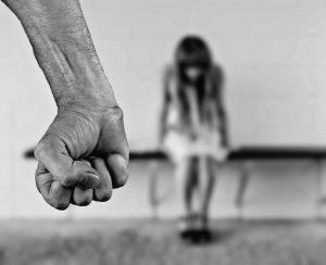 foto over woede van volwassene naar een kind